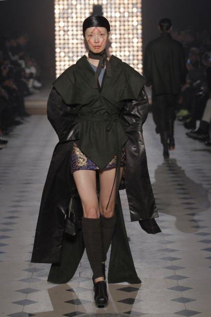 vivienne-westwood-gold-label-paris-fashion-week-autumn-winter-2014-7