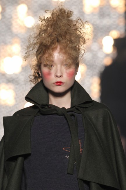 vivienne-westwood-gold-label-paris-fashion-week-autumn-winter-2014-98