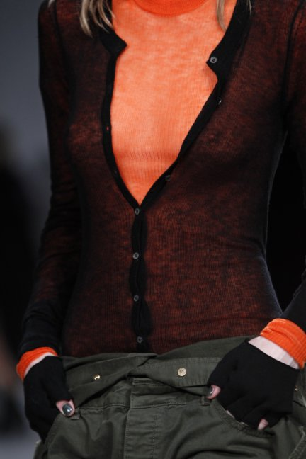 zadig-voltaire-catwalk-show-detail-paris-fashion-week-autumn-winter-2014-44