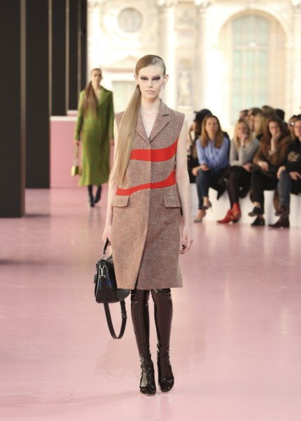 christian-dior-paris-fashion-week-autumn-winter-2015-41