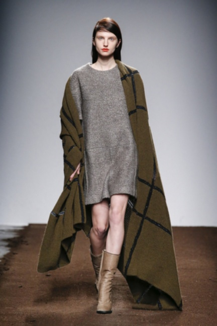 christian-wijnants-paris-fashion-week-autumn-winter-2015-looks-113