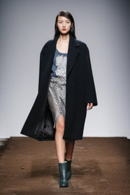 christian-wijnants-paris-fashion-week-autumn-winter-2015-looks-128