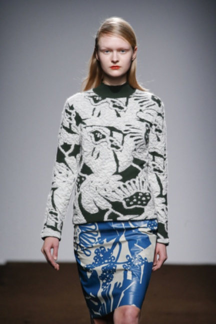 christian-wijnants-paris-fashion-week-autumn-winter-2015-looks-19