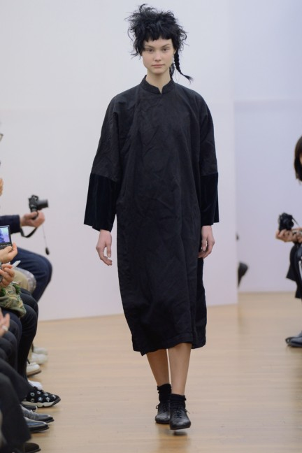 comme-des-garcons-comme-des-garcons-paris-fashion-week-autumn-winter-2015-10