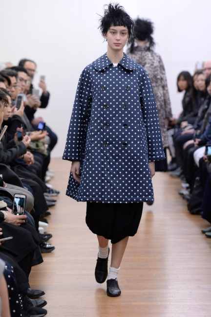 comme-des-garcons-comme-des-garcons-paris-fashion-week-autumn-winter-2015-21