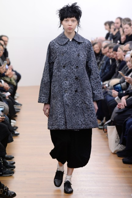 comme-des-garcons-comme-des-garcons-paris-fashion-week-autumn-winter-2015-22