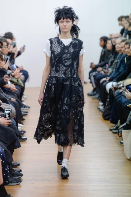 comme-des-garcons-comme-des-garcons-paris-fashion-week-autumn-winter-2015-24
