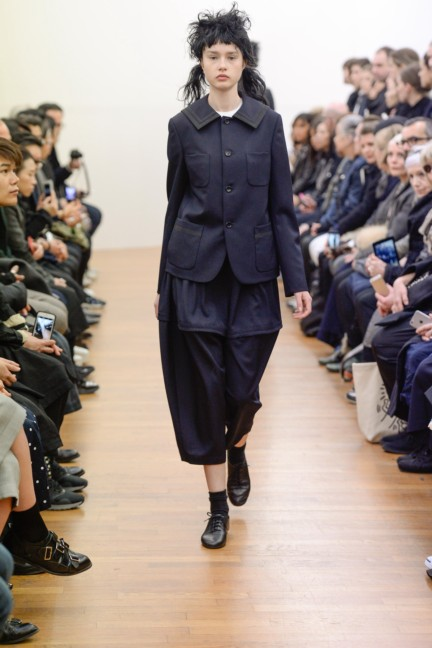 comme-des-garcons-comme-des-garcons-paris-fashion-week-autumn-winter-2015-28