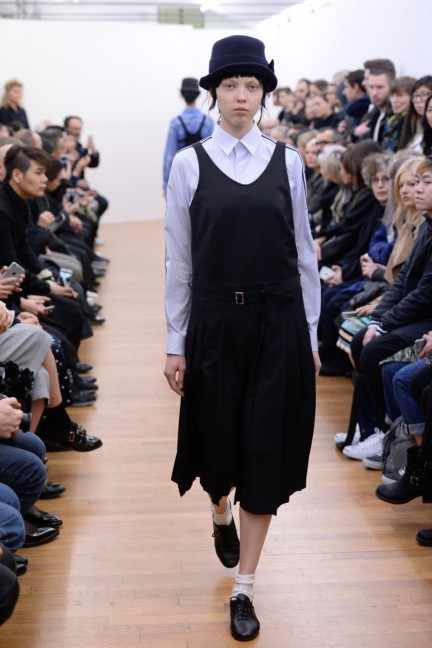 comme-des-garcons-comme-des-garcons-paris-fashion-week-autumn-winter-2015-30