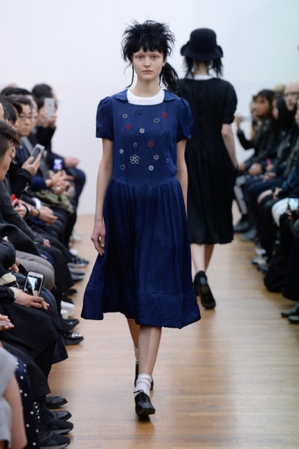 comme-des-garcons-comme-des-garcons-paris-fashion-week-autumn-winter-2015-32