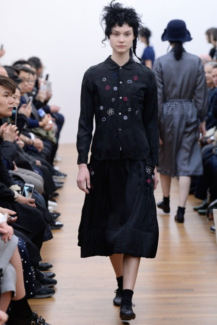 comme-des-garcons-comme-des-garcons-paris-fashion-week-autumn-winter-2015-34