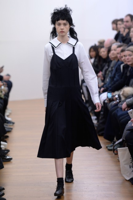 comme-des-garcons-comme-des-garcons-paris-fashion-week-autumn-winter-2015-4