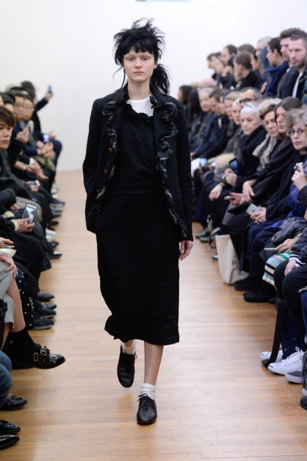 comme-des-garcons-comme-des-garcons-paris-fashion-week-autumn-winter-2015-40