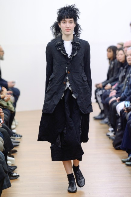 comme-des-garcons-comme-des-garcons-paris-fashion-week-autumn-winter-2015-41