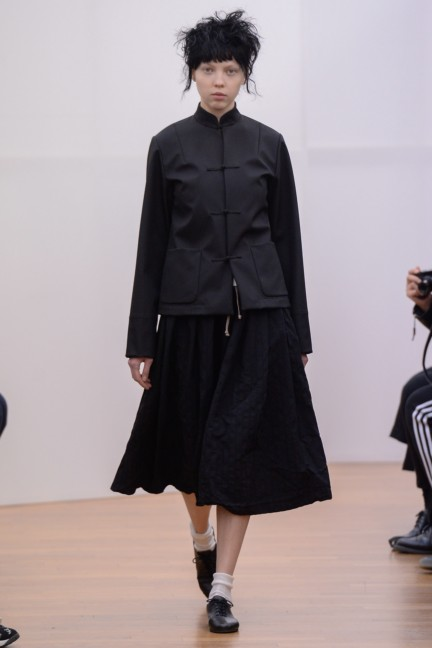 comme-des-garcons-comme-des-garcons-paris-fashion-week-autumn-winter-2015-6