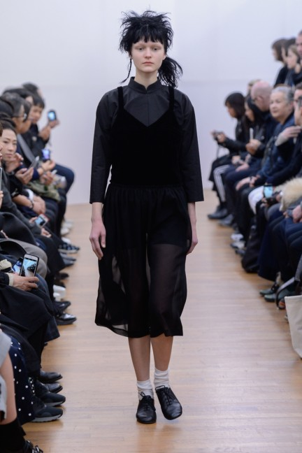comme-des-garcons-comme-des-garcons-paris-fashion-week-autumn-winter-2015-8
