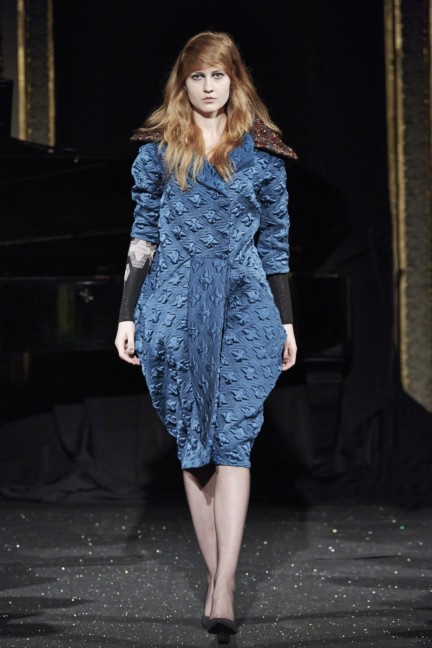 gosia-baczynska-paris-fashion-week-autumn-winter-2015-10