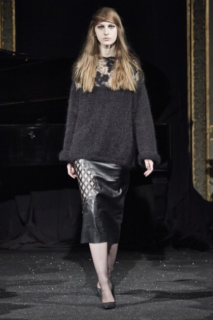 gosia-baczynska-paris-fashion-week-autumn-winter-2015-12