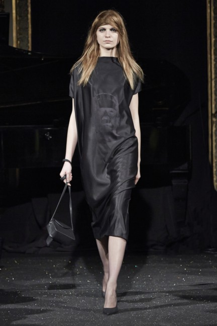 gosia-baczynska-paris-fashion-week-autumn-winter-2015-13