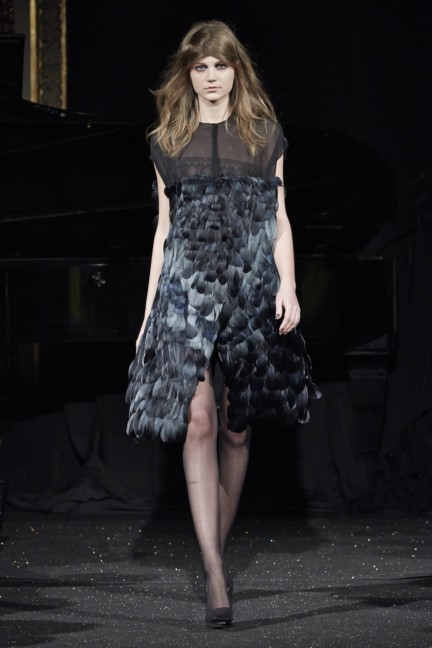 gosia-baczynska-paris-fashion-week-autumn-winter-2015-14