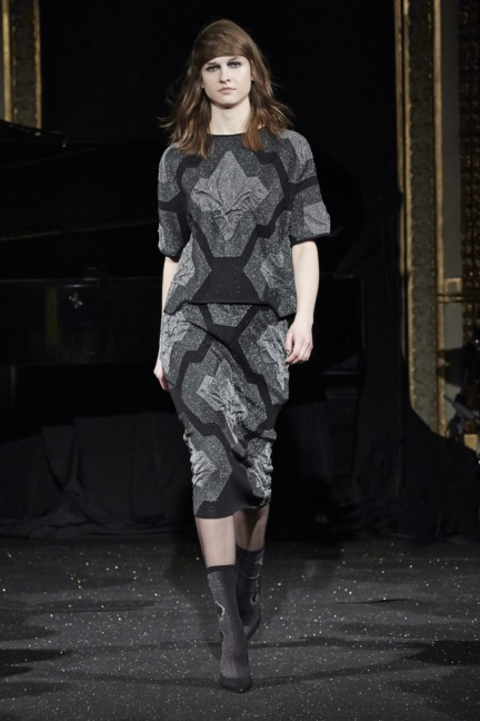 gosia-baczynska-paris-fashion-week-autumn-winter-2015-3