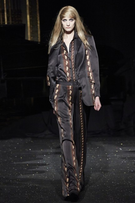 gosia-baczynska-paris-fashion-week-autumn-winter-2015-8