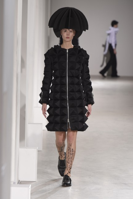 junya-watanabe-paris-fashion-week-autumn-winter-2015-11