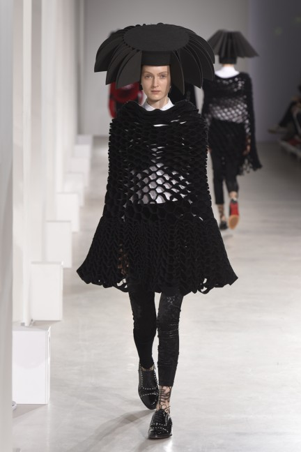 junya-watanabe-paris-fashion-week-autumn-winter-2015-31