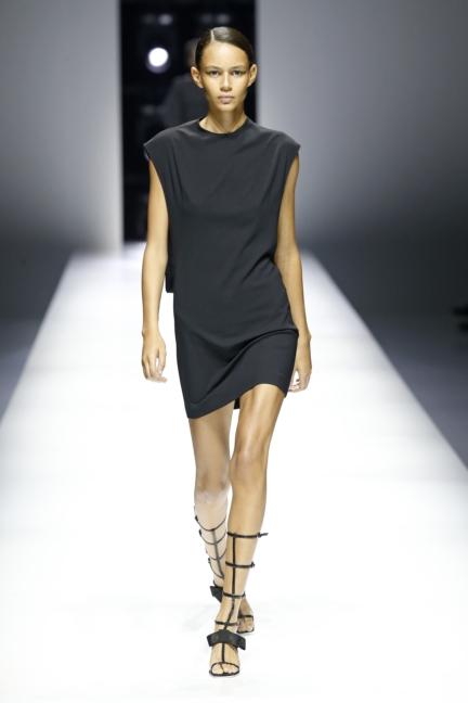 lanvin-paris-fashion-week-spring-summer-18-1