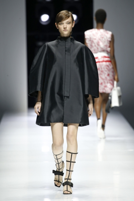 lanvin-paris-fashion-week-spring-summer-18-18
