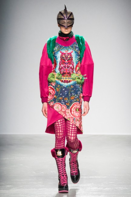 manish_arora_winter_2015-16_008