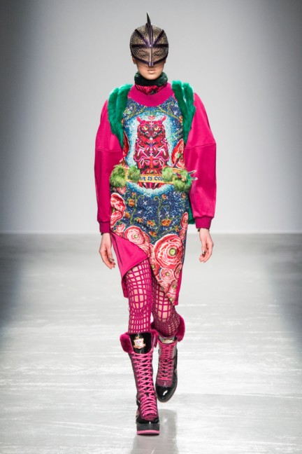 manish_arora_winter_2015-16_009