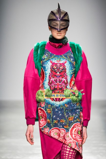 manish_arora_winter_2015-16_011