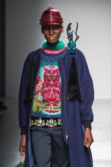 manish_arora_winter_2015-16_042