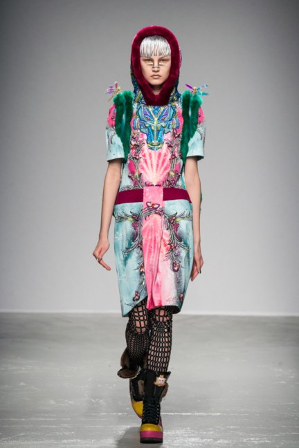 manish_arora_winter_2015-16_046