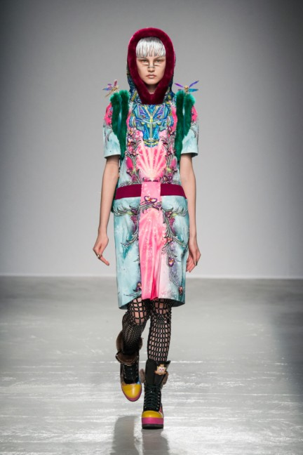manish_arora_winter_2015-16_047
