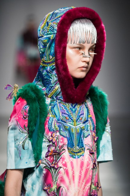 manish_arora_winter_2015-16_052