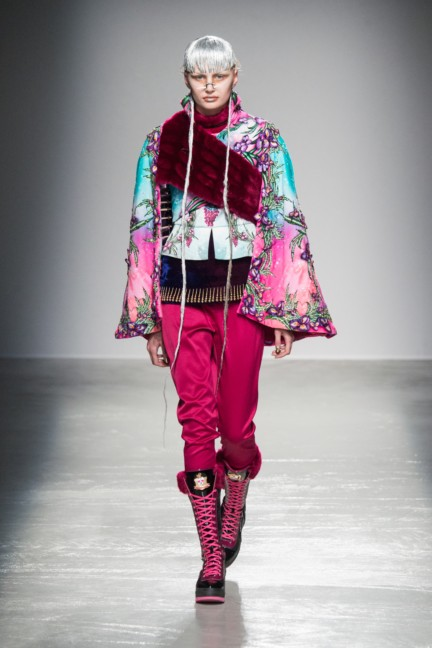 manish_arora_winter_2015-16_054