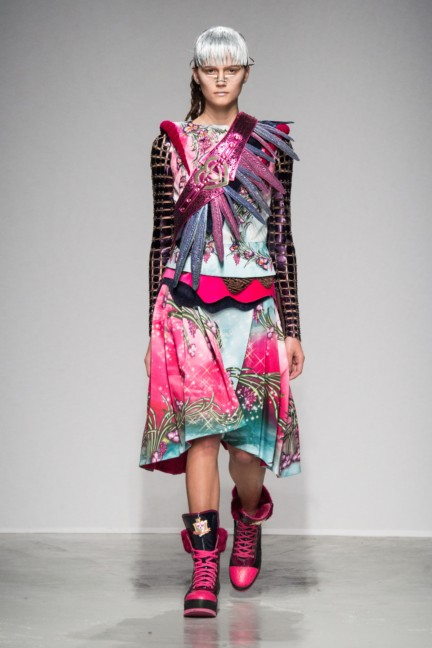 manish_arora_winter_2015-16_059