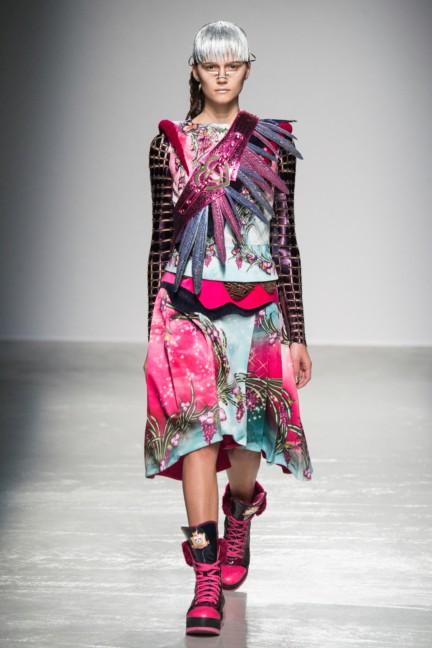 manish_arora_winter_2015-16_060
