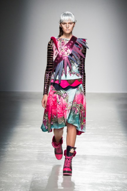 manish_arora_winter_2015-16_061