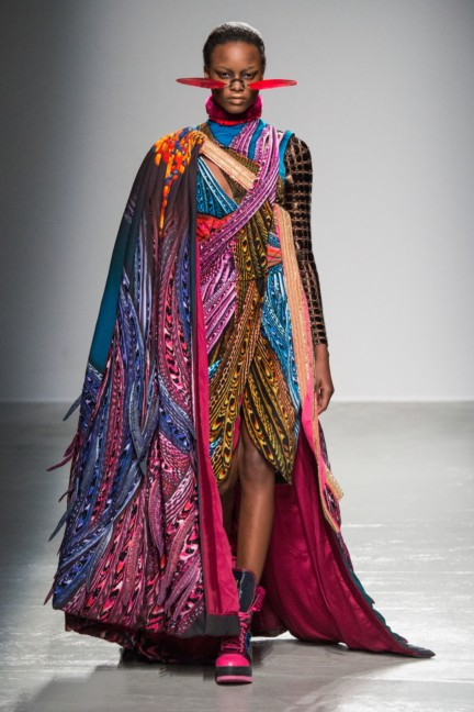 manish_arora_winter_2015-16_073