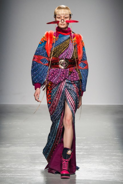 manish_arora_winter_2015-16_077