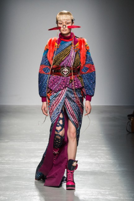 manish_arora_winter_2015-16_078
