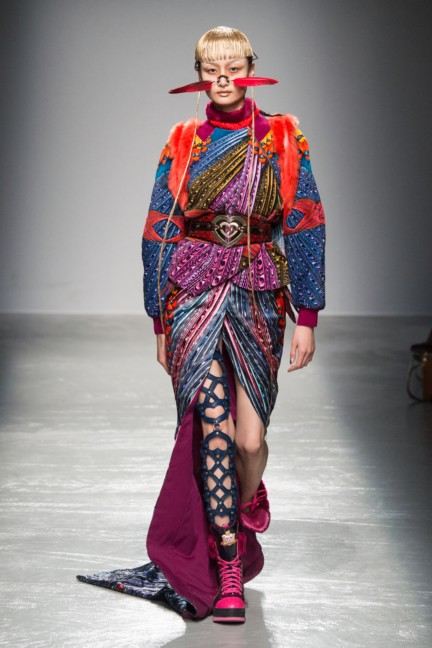 manish_arora_winter_2015-16_079