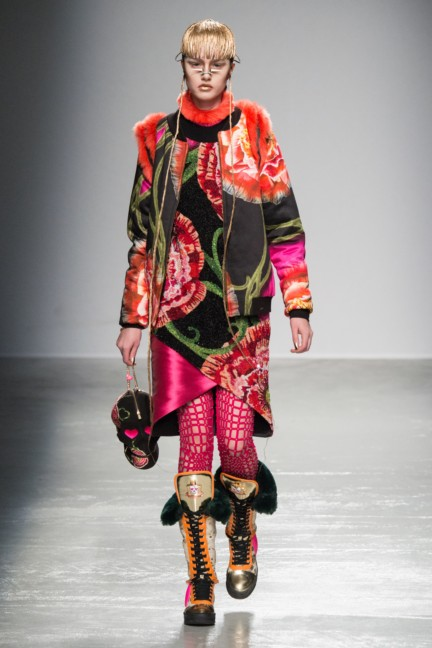 manish_arora_winter_2015-16_099