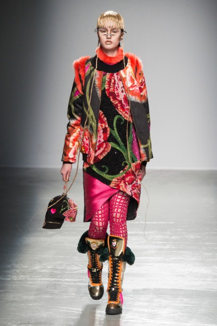 manish_arora_winter_2015-16_100
