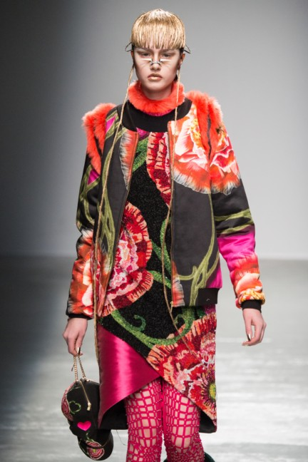 manish_arora_winter_2015-16_102