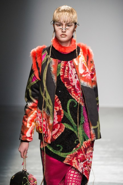 manish_arora_winter_2015-16_103