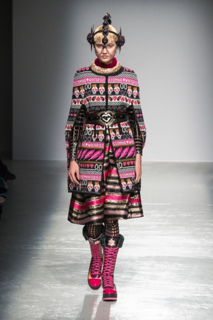 manish_arora_winter_2015-16_111
